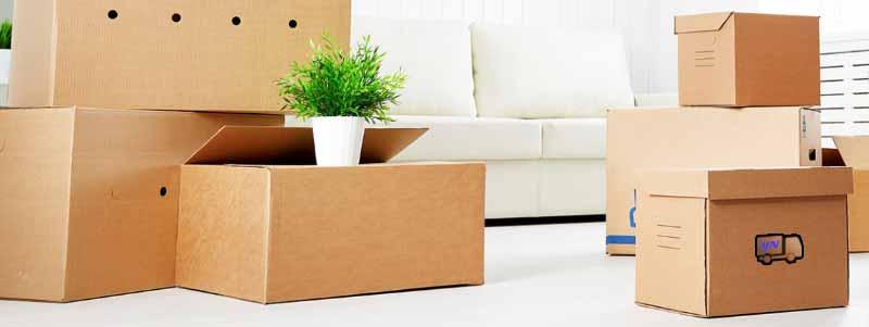 İzmir evden eve nakliyat hizmetleri veren İzmir Yalı Nakliyat firmamızın hizmetlerimiz sayfası için kullanılan görselde, ev eşyaları nakliyat için kutulara konulmuş.